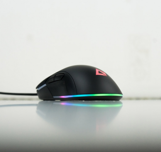 aukey gm-f1 LED